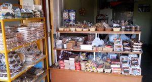 Puestos-venta-dulces-tradicionales-Colombia_