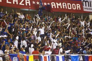 LPF_Plaza_Amador_Hinchada