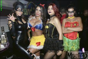 Chicas de Esto es Guerra en Halloween