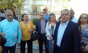 Presentan querella penal contra procuradora Kenia Porcell y su secretario Rolando Rodríguez
