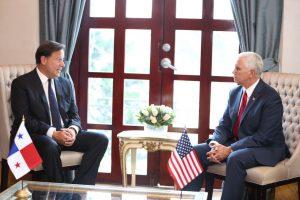 AMENAZA A VENEZUELA. Mike Pence advierte en Panamá sobre las acciones gringas